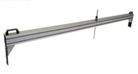 路面横端面尺LHHD-II 路面横断面尺用于测定沥青路面的车辙,供评定路面使用状况及计算维修工作量时使用。  符合JTG E60-2008  / T0973-2008  公路路基路面现场测试规程。 技术参数: 1、端面尺长度0.5-3m 可调 2 深度测量精度1mm 3  重量 20Kg